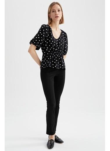 DeFacto V Yaka Büzgülü BelDetaylı Balon Kollu Bluz Siyah